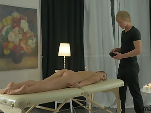Sexy infant Emma Brown has tally for rub-down but enjoys riding dick instead