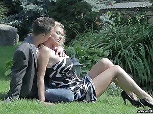 Beautiful comme ci Dorota gets her pussy together with boobies fucked hard