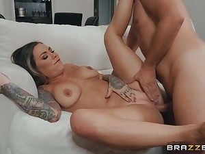 Corroding a squeamish milf cunt and pounding this dirty slut