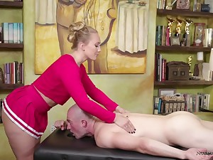 Amazing bootyful masseuse AJ Applegate is eager to ride beamy long cock