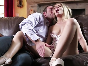 Passionate afternoon love-making with attractive wife Trisha Parks