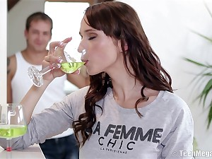Hardcore fucking overhead the chair with inept tits girlfriend Lida B