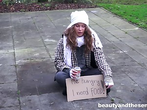 Outdoor fucking conclusion unsettled a mature dude and sexy teen Bunny Babe